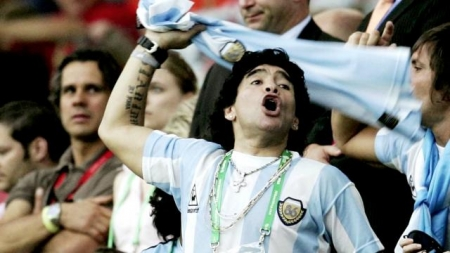 Soccer icon and World Cup winner Maradona dies